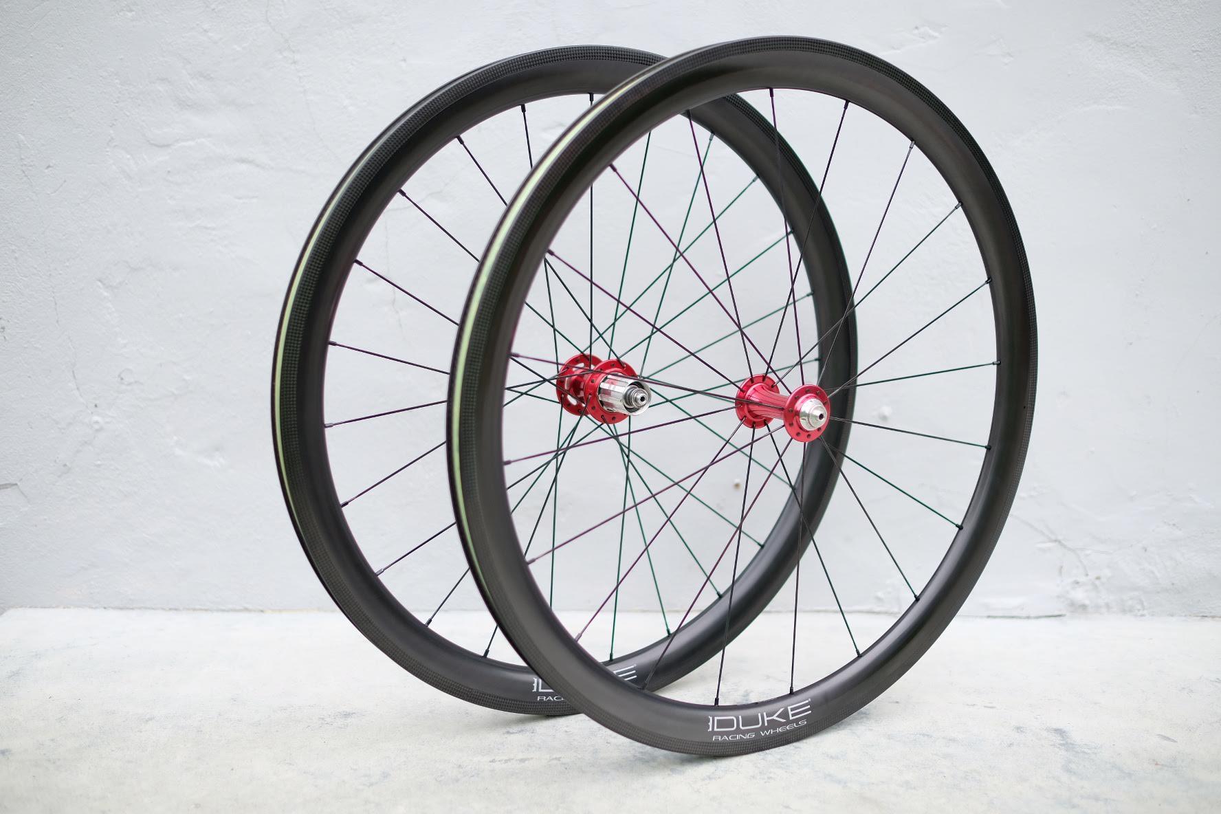 Vos roues vélo à la carte & assemblées à la main